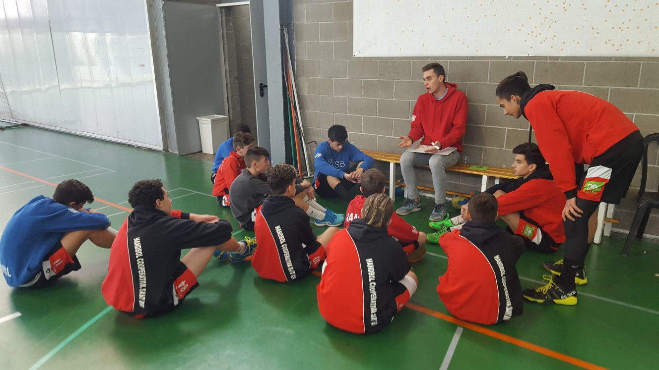 Curs de Monitor d'handbol a Nadal a Sant Boi de Llobregat